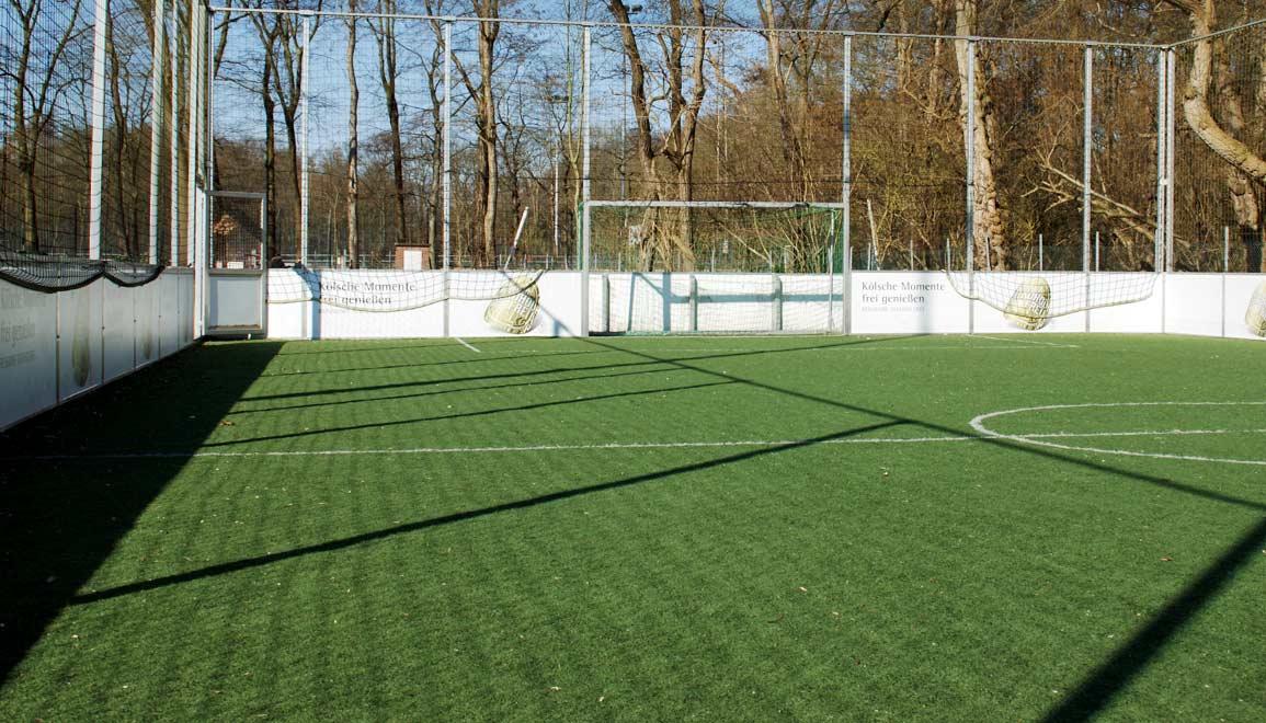 Soccer Court kaufen - Kosten berechnen auf sportstaettenrechner.de