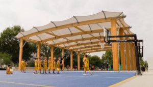 Freilufthalle: Kosten für eine Freiluft Sporthalle. Überdachung Soccer Court. Sporthalle günstig bauen