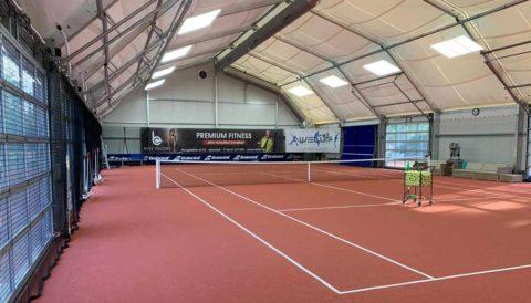 LED Tennishallenbeleuchtung für die Tennishalle: Leuchten für die Tennishalle aus LED. Kosten für Tennis Leuchten für die Tennishalle